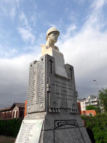 Riposizionata la statua ai caduti in gorla e precotto a for Www presotto it